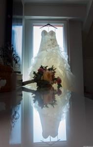 robe et bouquet mariée